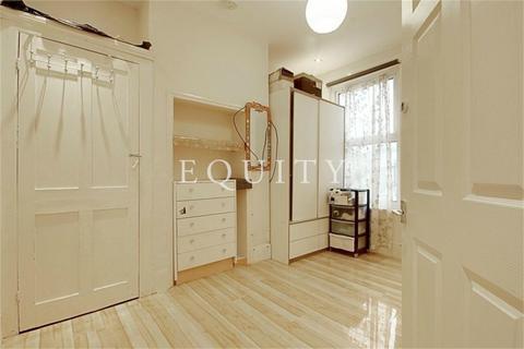 4 bedroom terraced house to rent - Hawthorne Road, LONDON, N18