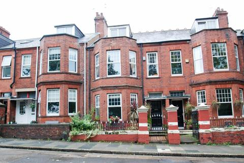 5 bedroom terraced house for sale - Stanhope Road, South Shields