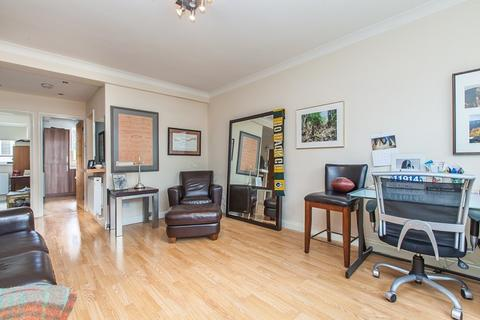 1 bedroom apartment to rent - Holland Park Avenue, London, W11
