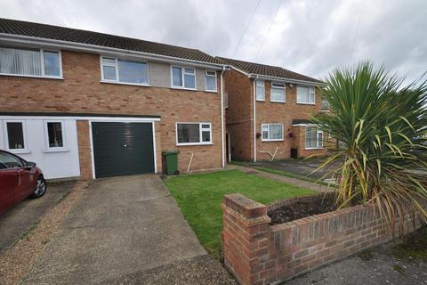 3 bedroom semi-detached house for sale - Courage Close, Hornchurch, Essex, RM11