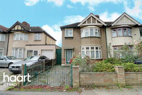 3 bedroom semi-detached house for sale - Devonshire Road, Newbury Park, Ilford, Essex