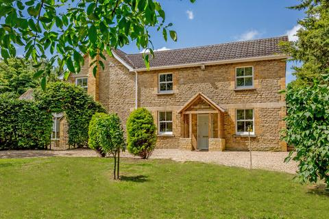 5 bedroom detached house for sale - Empingham Road, Tinwell, Stamford