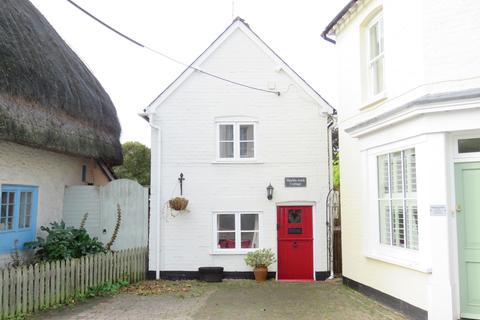 2 bedroom detached house to rent - The Square, Hurstbourne Tarrant SP11