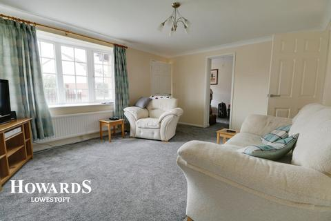 3 bedroom detached house for sale - Fortress Road, Lowestoft