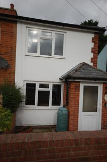 2 bedroom semi-detached house to rent - Trinity Road, Halstead, Essex CO9