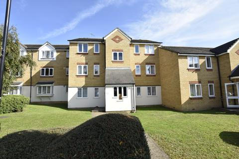 1 bedroom flat for sale - Redford Close, Feltham, Middlesex, TW13