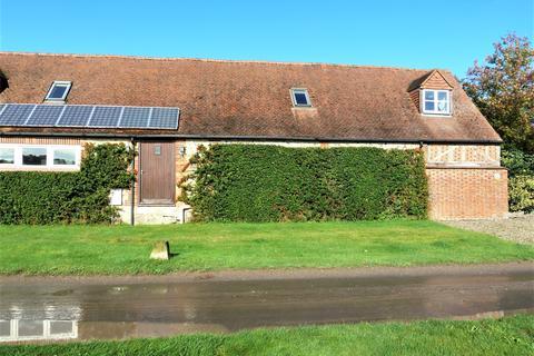 2 bedroom barn conversion to rent - Ogbourne St Andrew, Marlborough, Wiltshire