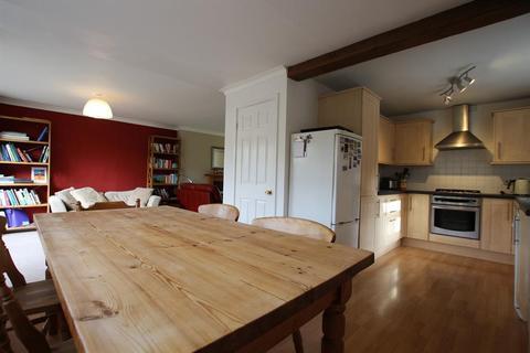 4 bedroom semi-detached house to rent - Chalfonts, York, YO24 1EX