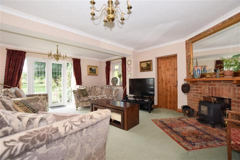 5 bedroom detached house for sale - Beresford Hill, Boughton Monchelsea, Maidstone, Kent