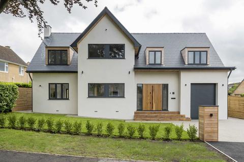 4 bedroom house to rent - Barnfield Way