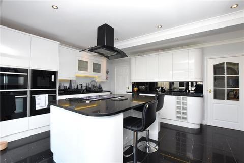 3 bedroom bungalow for sale - Kings Road, Lancing, West Sussex, BN15