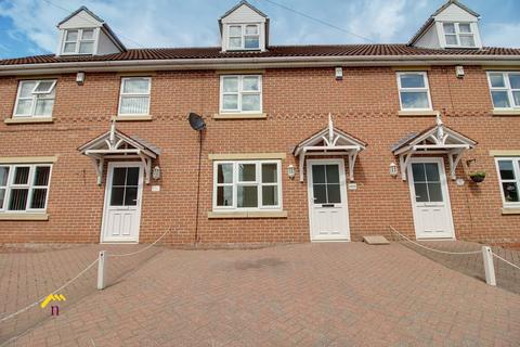 3 bedroom townhouse to rent - Queen Street, Thorne DN8 5AA
