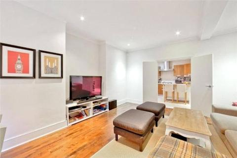 4 bedroom mews to rent - Weymouth Mews, London, W1G