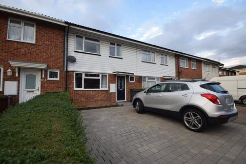 3 bedroom terraced house for sale - Hobart Close, Chelmsford, CM1 2ES