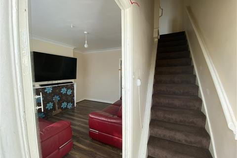 2 bedroom terraced house to rent - Pendell Ave, Hayes