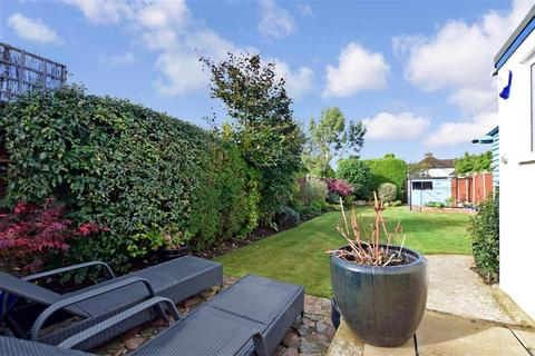 3 bedroom semi-detached house for sale - Rectory Lane, Barming, Maidstone, Kent
