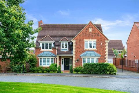 5 bedroom detached house for sale - Bucklow Gardens, Lymm