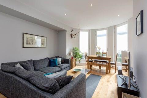 2 bedroom flat to rent - Broughton Market, New Town, Edinburgh
