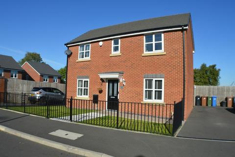 3 bedroom detached house for sale - Rowan Crescent, Hyde