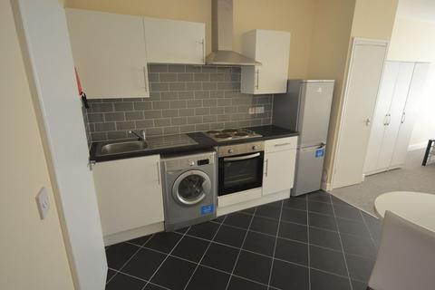 Studio to rent - Flat 10, Charles Street, LE1
