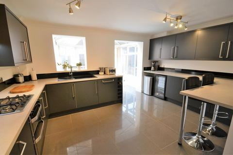 4 bedroom semi-detached house for sale - Bolbury Crescent, Agecroft Hall, Swinton, Manchester