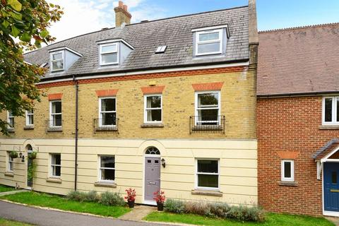 4 bedroom terraced house to rent - Manor Park, Dorchester, DT1