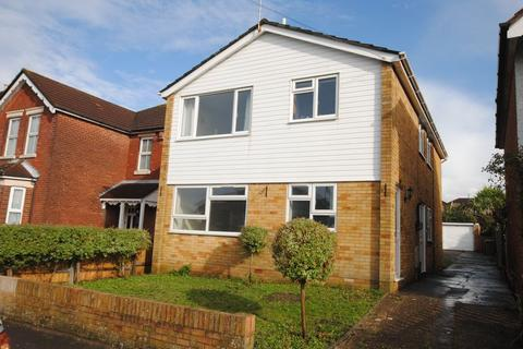 2 bedroom apartment to rent - Ash Tree Road, Bitterne Park