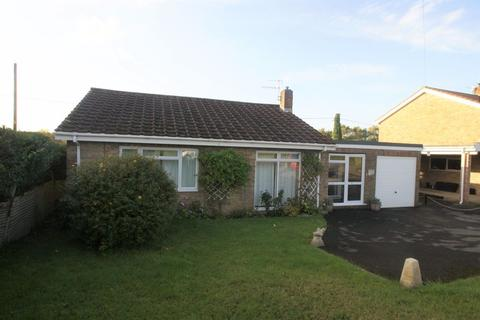 3 bedroom bungalow to rent - Church Road, Laverstock