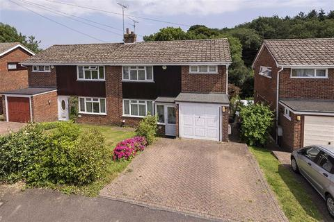 3 bedroom semi-detached house for sale - Hever Wood Road, TN15
