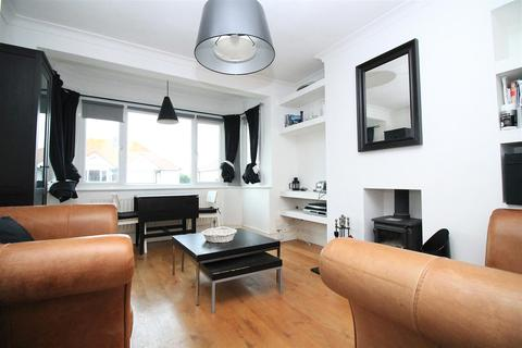 3 bedroom flat for sale - Thalassa Road, Worthing