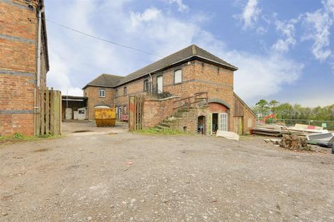 Barn conversion for sale - The Barn, Wishfield House, Chesterfield Road, Barlborough, Chesterfield, S43 4TT