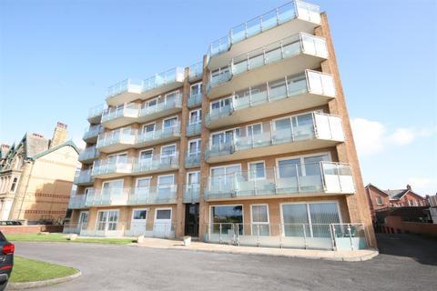 2 bedroom apartment for sale - Sandhurst Court, South Promenade, Lytham St Annes
