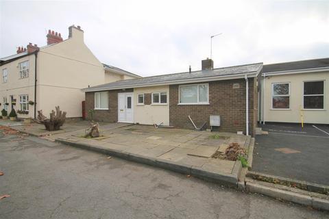 3 bedroom detached house to rent - Front Street, Sherburn Village, Durham