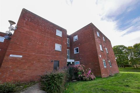 2 bedroom apartment for sale - Preston Hill, Moorside, Sunderland