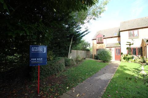 3 bedroom semi-detached house for sale - Blackberry Close, Chippenham
