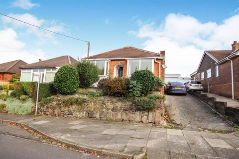2 bedroom detached bungalow for sale - Longton Hall Road, Blurton, Stoke-On-Trent