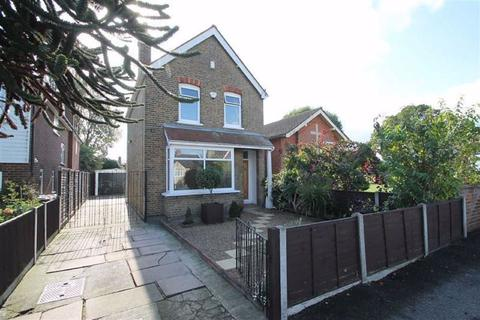 3 bedroom detached house for sale - Feltham Hill Road, Ashford, Middlesex