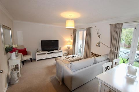 2 bedroom flat for sale - Hawkesbury Mews, Darlington
