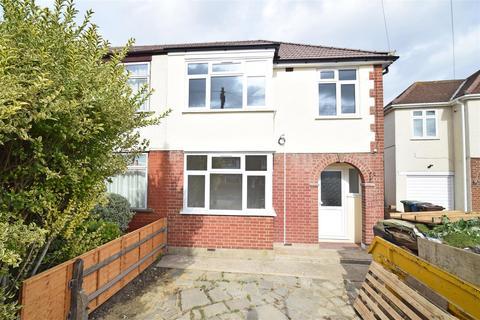 3 bedroom semi-detached house for sale - Cross Road, Feltham