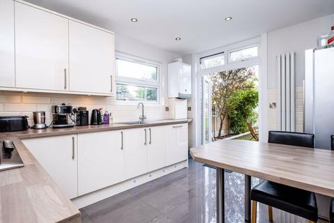 3 bedroom terraced house to rent - Brandville Road, West Drayton, Middlesex, UB7
