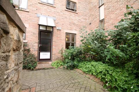 1 bedroom apartment to rent - The Mews, City Centre