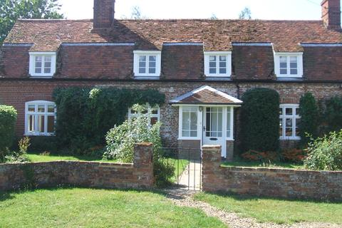 4 bedroom farm house to rent - Bentley Hall Road, Bentley, Ipswich IP9