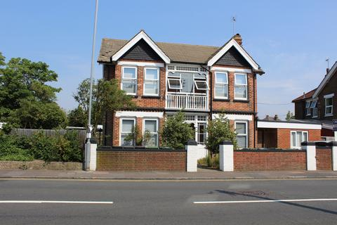 House share to rent - Whitley Road, Eastbourne BN22