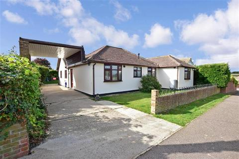 3 bedroom detached bungalow for sale - Seymour Road, St. Margarets-At-Cliffe, Dover, Kent