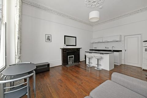 2 bedroom apartment to rent -  Gloucester Street,  Pimlico, SW1V