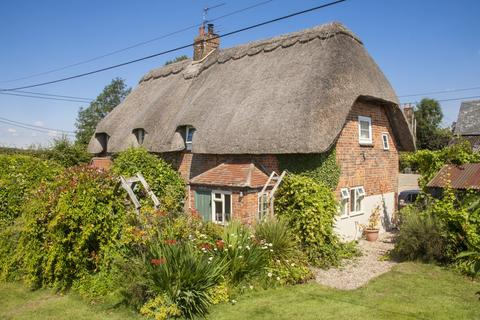 3 bedroom semi-detached house to rent - Chisbury, Marlborough, Wilstshire