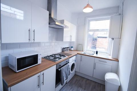 3 bedroom terraced house to rent - Pomona Street, Sheffield S11