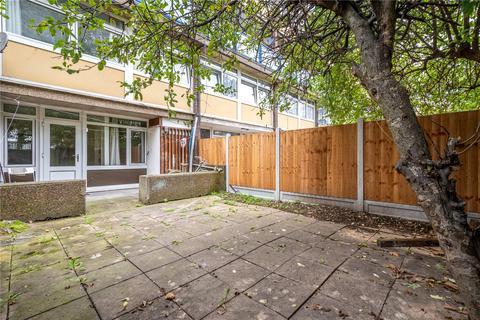 3 bedroom maisonette to rent - Hanbury Street, London, E1