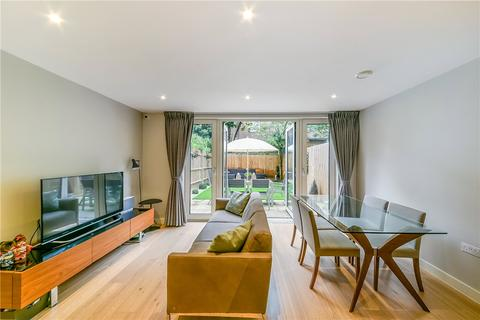 4 bedroom terraced house for sale - Mary Rose Square, London, SE16