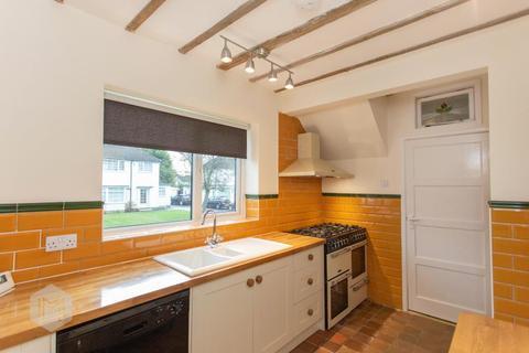 3 bedroom semi-detached house to rent - Prestwich Avenue, Culcheth WA3